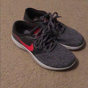 Nike Flex Contact Shoes